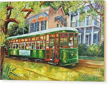 Streetcar On St.charles Avenue Wood Print by Diane Millsap