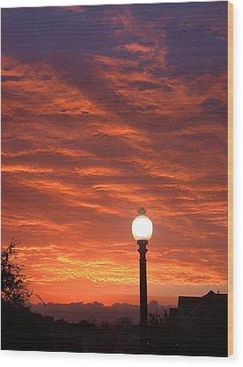 Streetlight Sunset Texas Wood Print by Tony Ramos