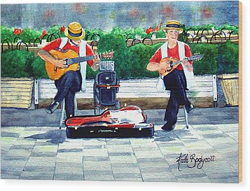 Strings At The Sidewalk Cafe Wood Print by Ruth Bodycott