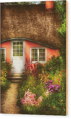 Summer - Cottage - Little Pink Play House Wood Print by Mike Savad