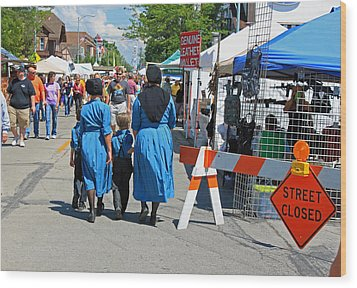 Summer Festival In Berne Indiana II Wood Print by Suzanne Gaff