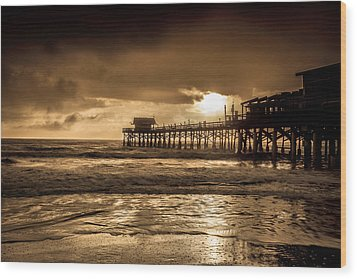 Sun Over The Pier Wood Print by Steven Reed