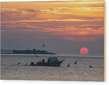 Sun Rise Over Fort Sumter Wood Print by Allen Carroll