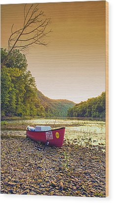 Sun Sets At Buffalo River Wood Print by Bill Tiepelman