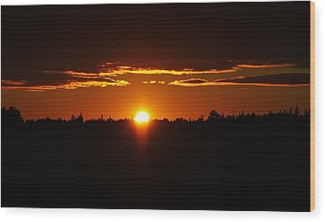 Sun Sets Over Huron Wood Print
