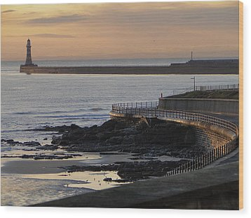 Sunderland Sunrise Wood Print