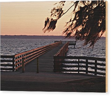 Sundown At Shands Dock Wood Print