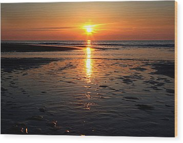Wood Print featuring the photograph Sundown At The North Sea by Annie Snel