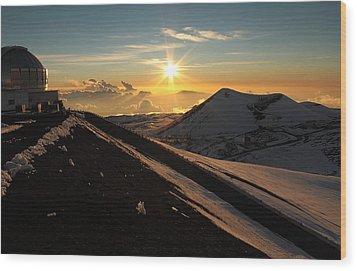 Wood Print featuring the photograph Sundown On Mauna Kea by Scott Rackers