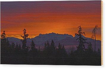 Sundown Wood Print by Randy Hall