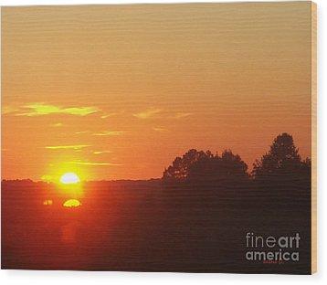 Wood Print featuring the photograph Sundown by Jasna Dragun