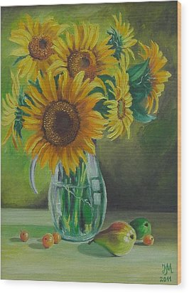Sunflowers In Glass Jug Wood Print by Nina Mitkova