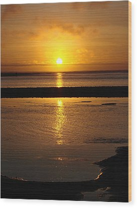 Wood Print featuring the photograph Sunkist Sunset by Athena Mckinzie