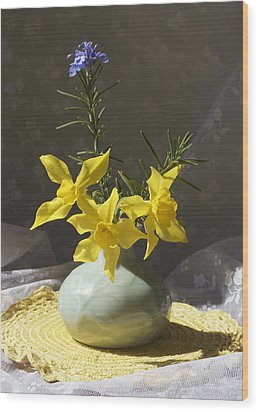 Sunlit Daffodils In A Celadon Vase Wood Print by MM Anderson