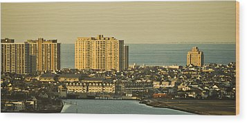 Sunny Day In Atlantic City Wood Print by Trish Tritz