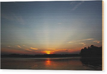 Sunrays At Sunset Wood Print by James Hammen