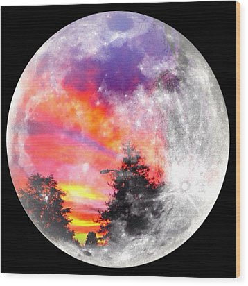 Sunrise And Full Moon Wood Print by Anne Thurston