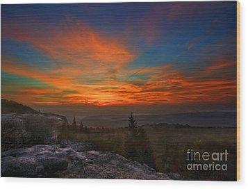 Sunrise At Bear Rocks In Dolly Sods Wood Print by Dan Friend