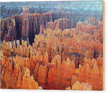 Sunrise At Bryce Canyon Wood Print