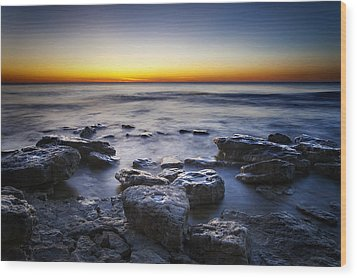 Sunrise At Cave Point Wood Print by Scott Norris