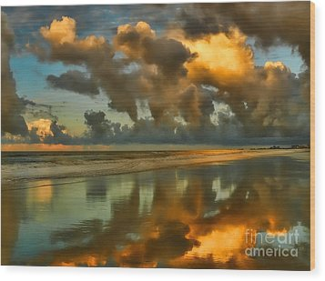 Sunrise At Myrtle Beach II Wood Print by Jeff Breiman