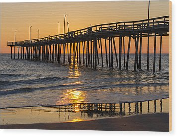 Sunrise At Outer Banks Fishing Pier Wood Print