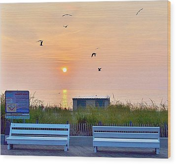 Sunrise At Rehoboth Beach Boardwalk Wood Print