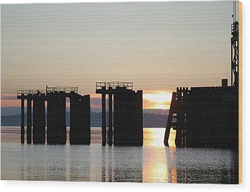 Wood Print featuring the photograph Southworth Ferry Pilling At Dawn by E Faithe Lester