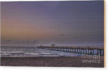 Sunrise At The Beach Wood Print by Anne Rodkin