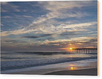 Sunrise At The Pier Wood Print by Gregg Southard