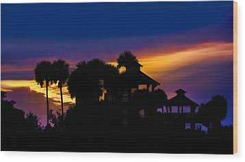Sunrise Barefoot Mailman Park Wood Print by Don Durfee