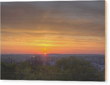 Sunrise Wood Print by Daniel Sheldon