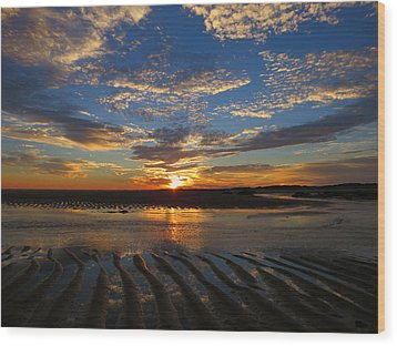 Wood Print featuring the photograph Sunrise Glory by Dianne Cowen