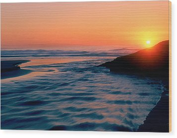 Sunrise Good Harbor Wood Print