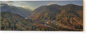 Sunrise In Franconia Notch Wood Print