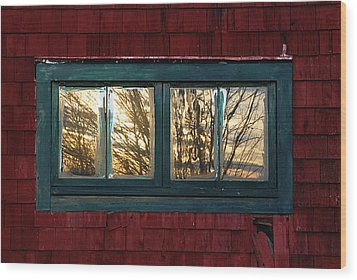 Wood Print featuring the photograph Sunrise In Old Barn Window by Susan Capuano