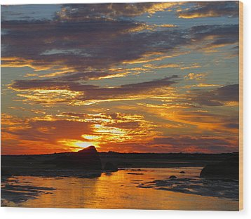 Wood Print featuring the photograph Sunrise Magic by Dianne Cowen