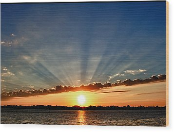 Sunrise On The Bay Front Wood Print by Kathy Ponce