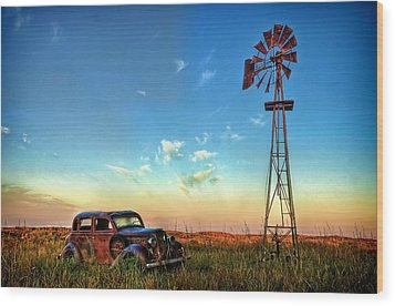 Wood Print featuring the photograph Sunrise On The Farm by Ken Smith