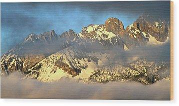 Sunrise On Thompson Peak Wood Print by Ed  Riche