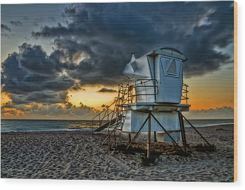 Sunrise On Vero Beach Hdr 1 Wood Print