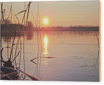 Sunrise Over Frozen Water Wood Print by Yvon van der Wijk