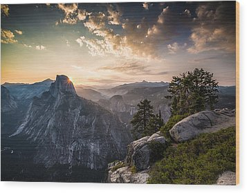 Sunrise Over Half Dome At Glacier Point Wood Print by Mike Lee