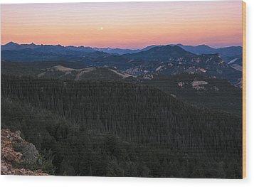 Sunrise Over Moonset Wood Print