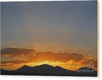 Sunrise Over Mountains Wood Print by Robert Preston