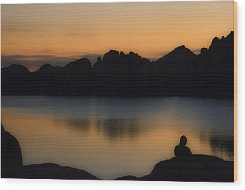 Sunrise Solitude Wood Print by Dave Dilli