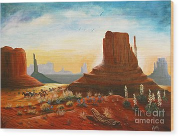 Sunrise Stampede Wood Print by Marilyn Smith