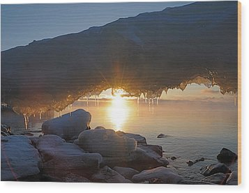 Sunrise Through The Arch Wood Print by Sandra Updyke