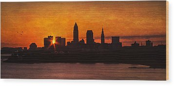 Sunrise Through The City Wood Print by Dale Kincaid