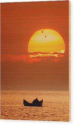 Sunrise With Venus On It Wood Print by Alex Conu